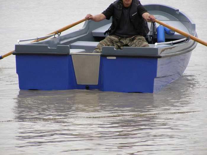Стеклопластиковая лодка своими руками видео