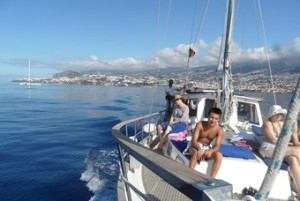 Подарите себе и своим друзьям тур на яхте