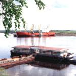 Порт Игарка на берегу Енисея